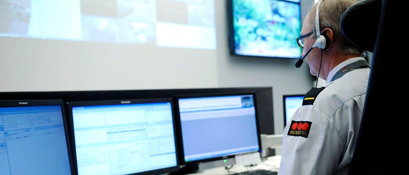 1400x600_monitoring-center1_hovedsentral44.jpg